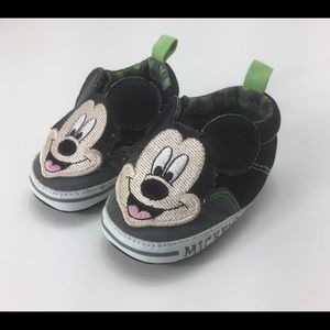 DISNEY Mickey Mouse Slip On Soft Crib Shoes 6-9 M